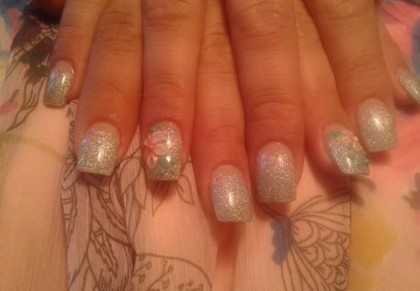 pat-nails-with-acry-bow-3d