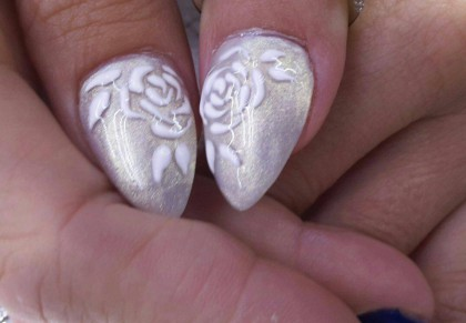 patricias-nails-wedding-thumbs